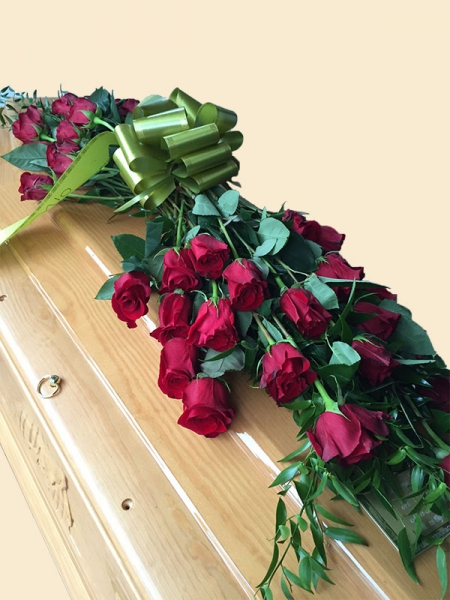 copribara-fascio-rose-rosse-ferri